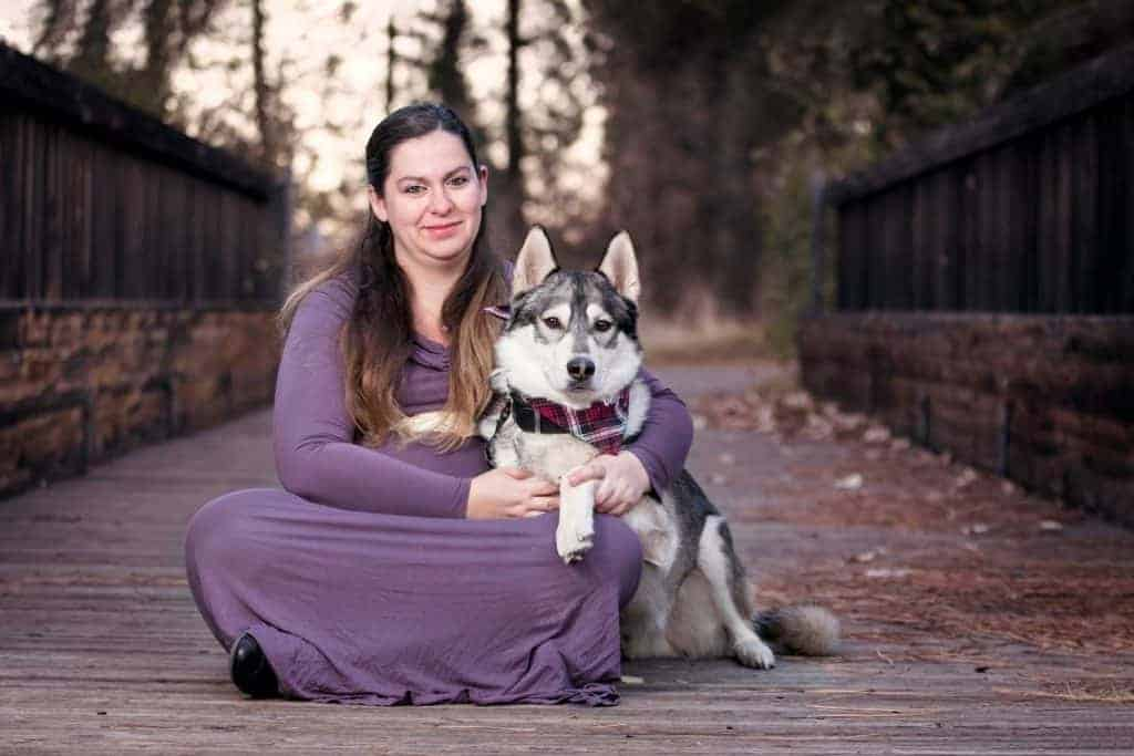 Maternity session with dog at Plantes Ferry