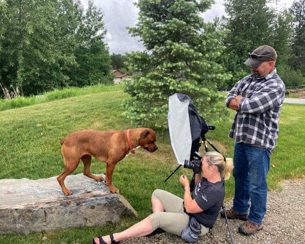 Spokane dog photographer in action